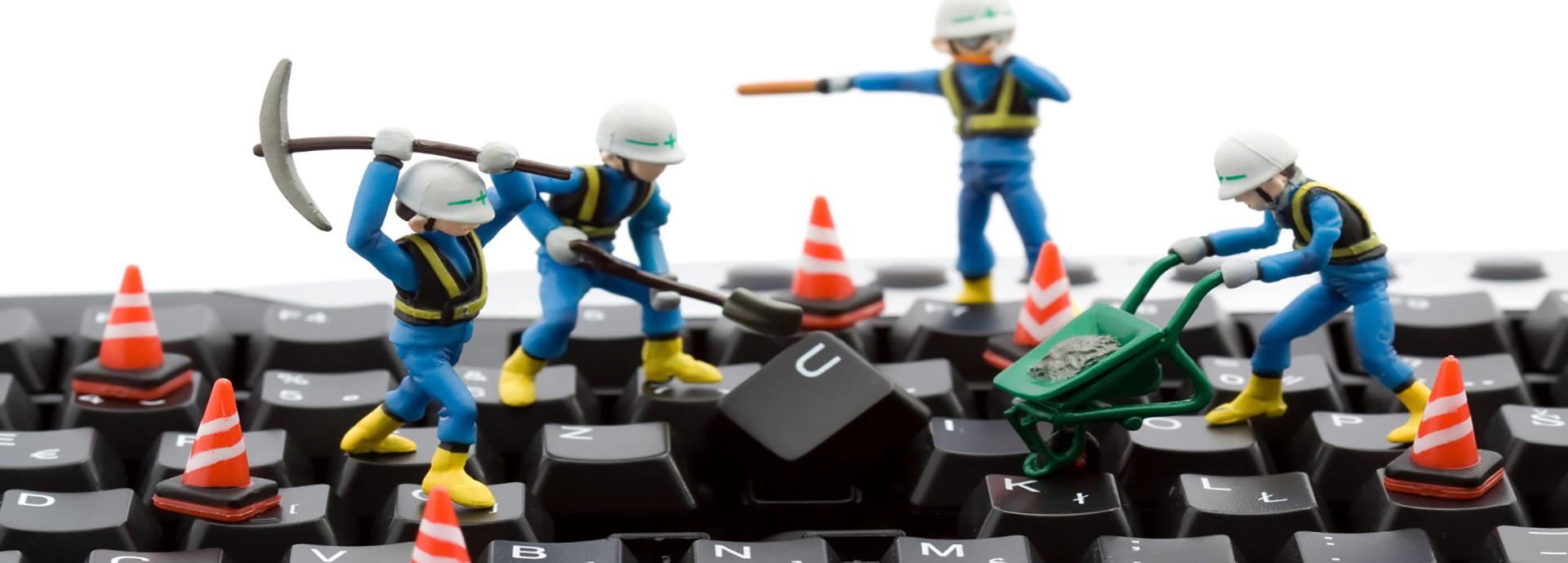 خدمات سخت افزاری و نرم افزاری